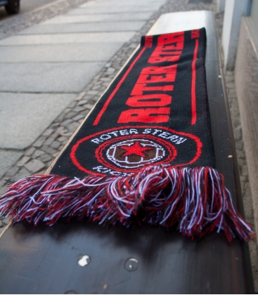 Fanschal Roter Stern Kickers